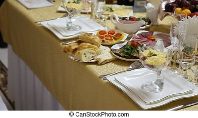 Served for a banquet table Wine glasses with napkins,...