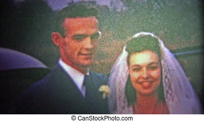 CHATTANOOGA, USA - 1954: just married - Original vintage 8mm...
