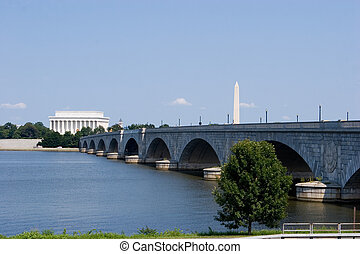 Washington DC - The Lincoln Memorial, Memorial Bridge and...