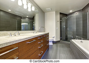 Extremly beautiful and modern bathroom. - Beautifully...