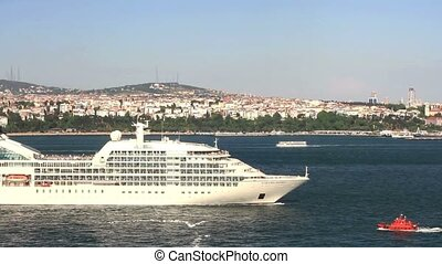 Cruise ship leaving from Istanbul