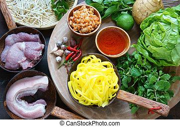 Mi quang, Quang noodle, Vietnamese food - Mi quang and raw...