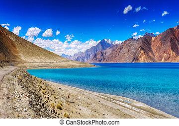 Mountains,Pangong tso (Lake),Leh,Ladakh,Jammu and...