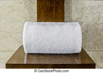 SIngle White Hotel Towel - White cotton hotel towels on...