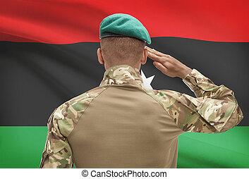 De piel oscura, soldado, con, bandera, en, Plano de fondo,...