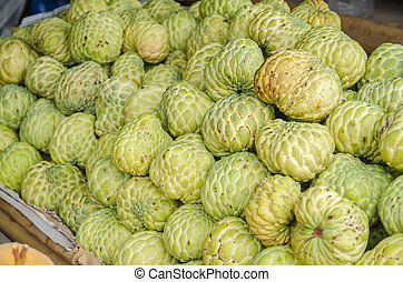 custard apples sales in the fruit market .