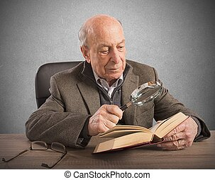 Old man knowledge and culture - Old man deepens his...
