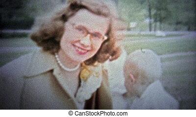 FT. LAUDERDALE, USA - 1957: Parents and children - Unique...