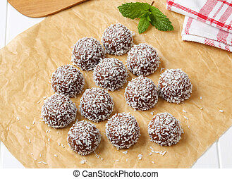 Chocolate coconut snowball cookies - No-bake chocolate...