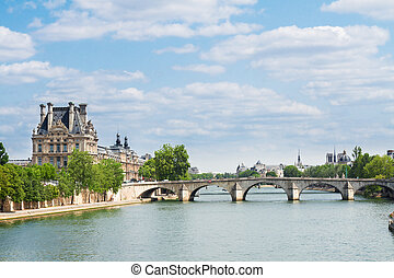 Pont Royal, Paris - Pont Royal over river Seine, Paris,...