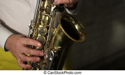 performance by saxophone