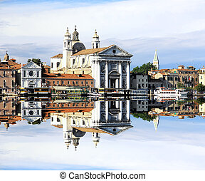 The scenery of Venice with a symmetric reflection