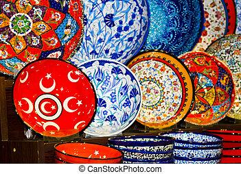 Souvenir ceramics in Grand Bazaar display