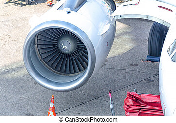 Aircraft nozzle engine