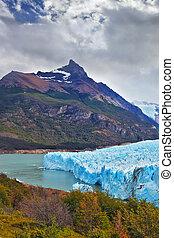 Park in Patagonia - Los Glaciares National Park in Patagonia...
