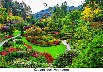 The walking paths and flower beds - Butchart Gardens -...