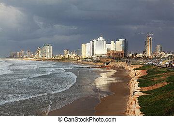 Thundercloud closed sky - Promenade and beach in Tel Aviv...