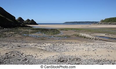 Three Cliffs Bay the Gower Wales uk - Three Cliffs Bay beach...
