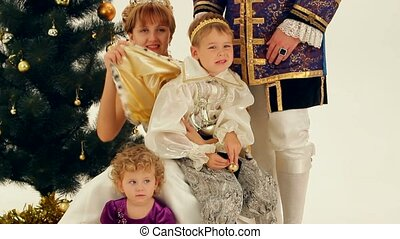Happy Family Of Nobles - Happy Family celebrates Christmas...