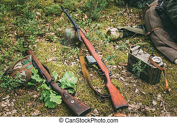 Soviet and German rifles of World War II - SVT 40 and Mauser...