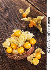 Physalis, groundcherries in bowl - Physalis, groundcherries...