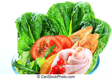 Fresh vegetable salad with ham