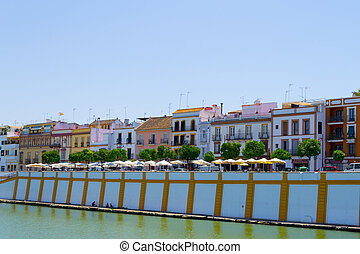 Triana from the Guadalquivir - Picture of the neighborhood...