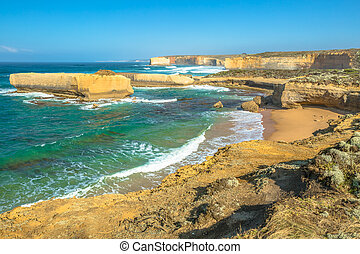 Port Campbell National Park - Cliffs and rock formations in...