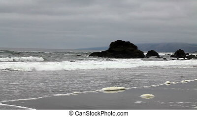Northern California Beach Waves Wit - Waves Running Up On...