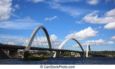Juscelino Kubitschek Bridge - A time-lapse video of the...