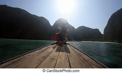 Maya bay. - Arrival in the Maya bay by boat