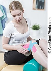 Woman with painful knee