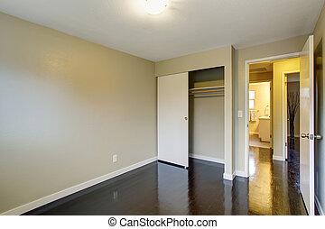 Simple unfurnished room with hardwood floor - Simple...