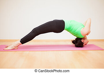 Backward bend with no hands