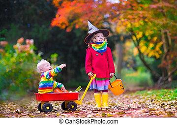 crianças, truque, ou, tratando, em, dia das bruxas,