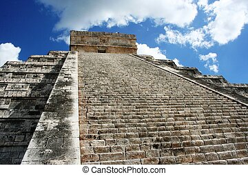 Kukulkan Pyramid in Chichen-Itza by blue sky - Kukulkan...