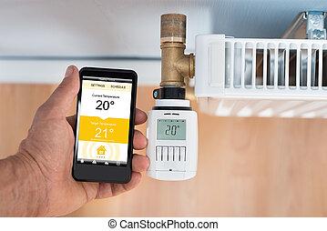 persona, mano, Regolazione, temperatura, di, termostato,...