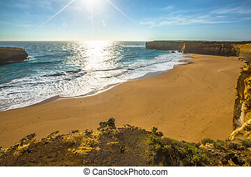 Great Ocean Road - The beach of London Arch, a natural arch...
