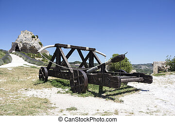 Medieval Catapult - Old wooden medieval catapult at Les Baux...