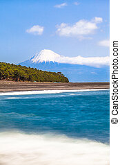 Fuji-San and Shizuoka Coast - Beautiful Mt Fuji with snow at...