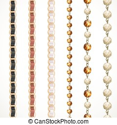 Chain belt with variations of color and a chain of large...