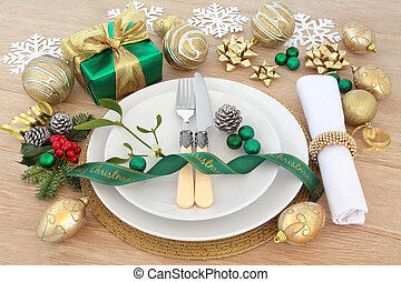 Christmas Place Setting - Christmas dinner place setting...
