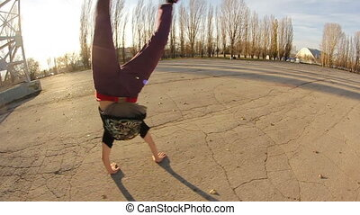 Acrobatic - Breakdance girl dance nature HD