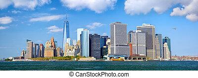 Lower Manhattan panorama - Lower Manhattan urban skyscrapers...