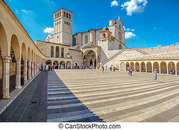 Basilica of St Francis of Assisi, Assisi, Umbria, Italy -...