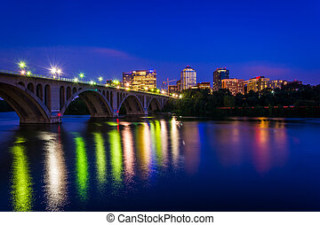 The Key Bridge over the Potomac River and Rosslyn skyline at...