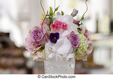 Floral arrangement - Wedding floral arrangement