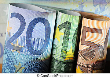 Financial year 2015 - Number 2015 made of 20 euro, 100 euro...