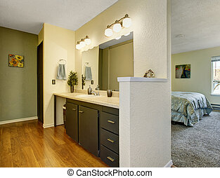 Lovely bathroom connected to master bedroom.