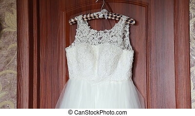 Luxury wedding dress ready for bride - Luxury wedding dress...